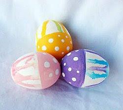 Великденски яйца на точки