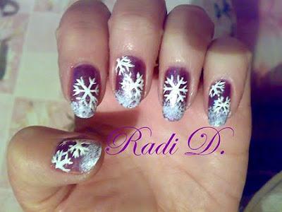 лилав маникюр снежинки