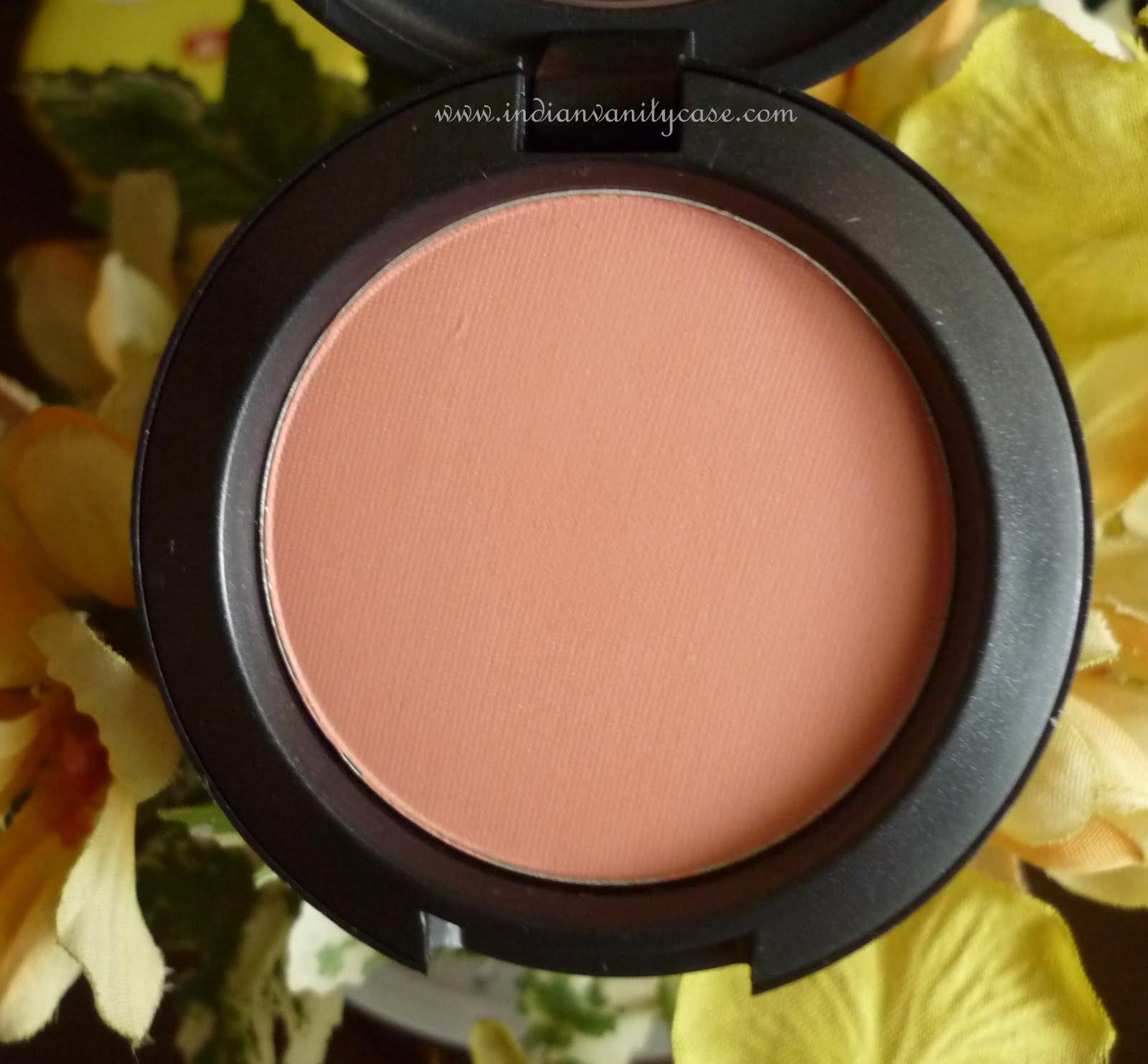 Indian Vanity Case: Mac Sheertone Peaches Blush Swatch & Review