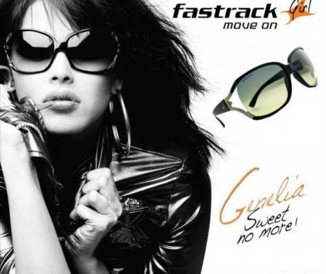 Indian Vanity Case: Genelia D'Souza in Fast Track Ad Makeup & Tutorial