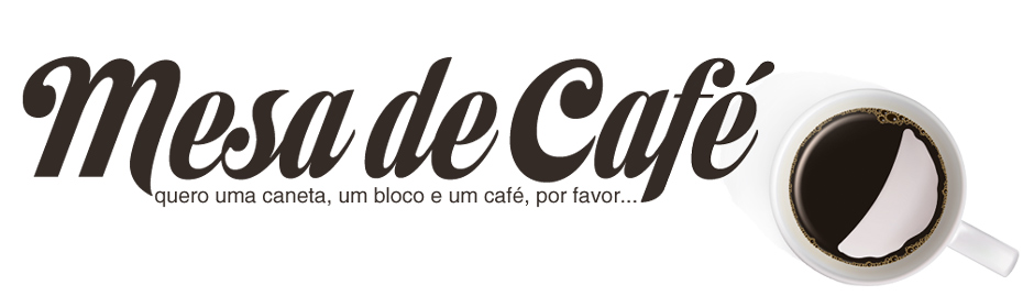 a mesa de café : quero uma caneta, um bloco e um café, por favor...