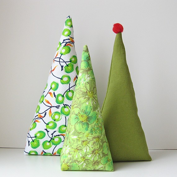 i love decorating for christmas here are a few cute decorations i found on etsy - Etsy Christmas Decorations