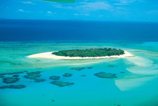 http://3.bp.blogspot.com/_K1mRpyFgl78/TIXPO0gEx4I/AAAAAAAAALU/ZwHbqfTt1m8/s1600/great-barrier-reef.jpg