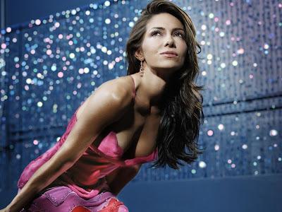 Fotos de Vanessa Marcil desnuda para Maxim en 2010