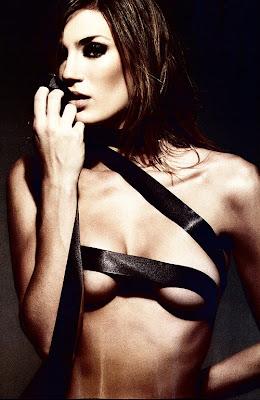 Fotos de Paula Chaves desnuda, en lenceria y muy hot para la revista SH en 2010 - Paula Chaves y Peter
