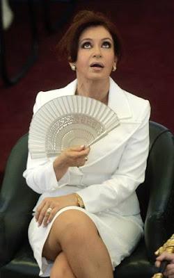 Cristina Fernandez de Kirchner - Carta a Cristina | e-mail a Hotmail Correo (FW)