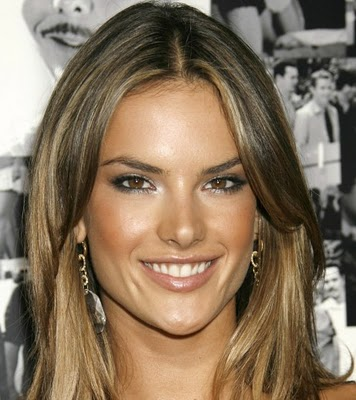 Wordeahibur alessandra ambrosio hair highlights alessandra ambrosio hair 2011 pmusecretfo Gallery