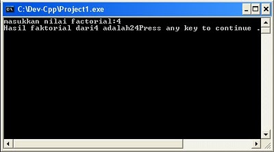 program faktorial dengan Dev-C++