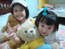 Jieyi and Chloe (my niece)