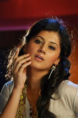 Adukalam heroine Tapasee Banu stills