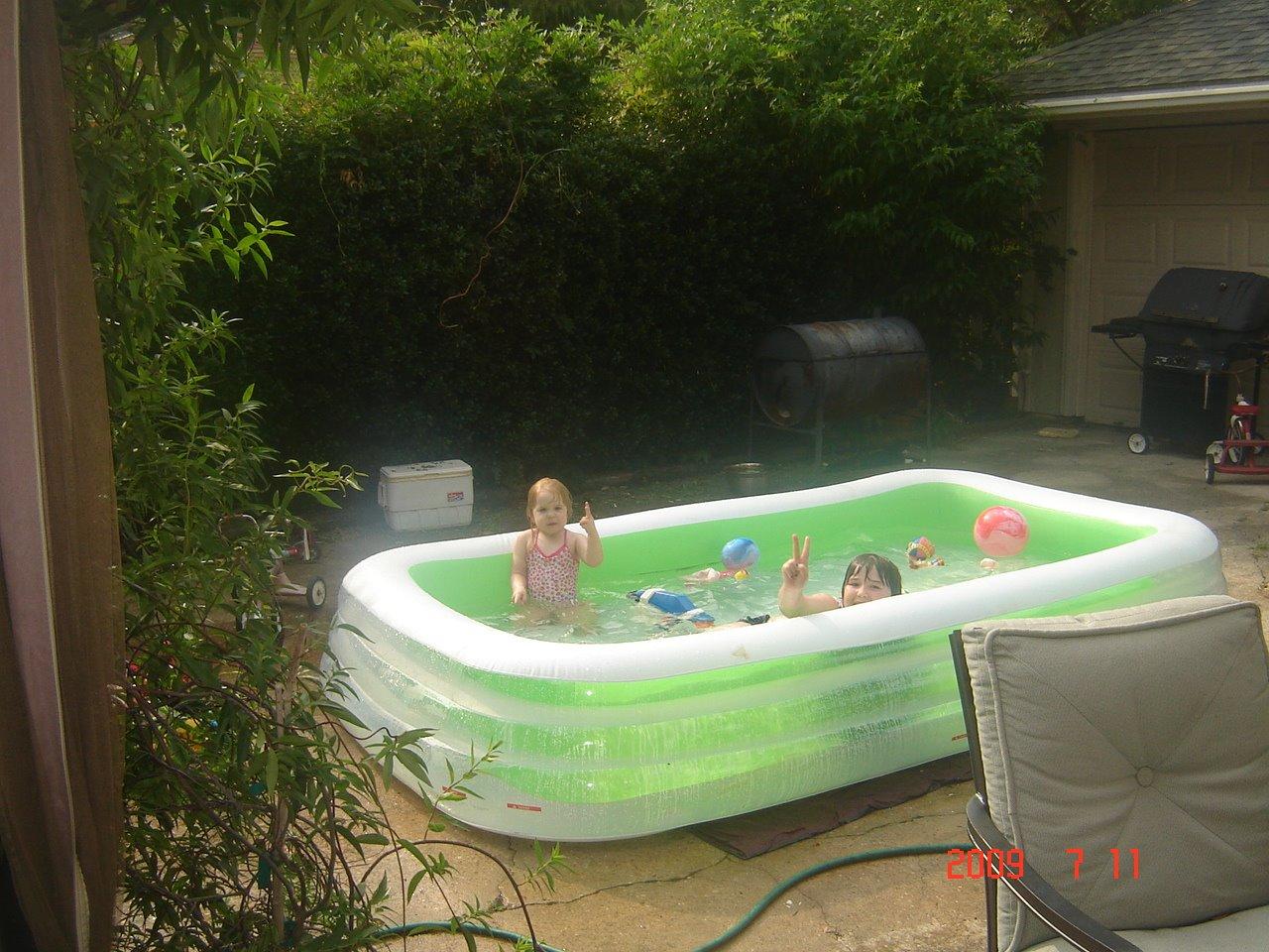 [peace+pool]