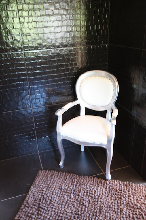 Adriatic leather bathroom