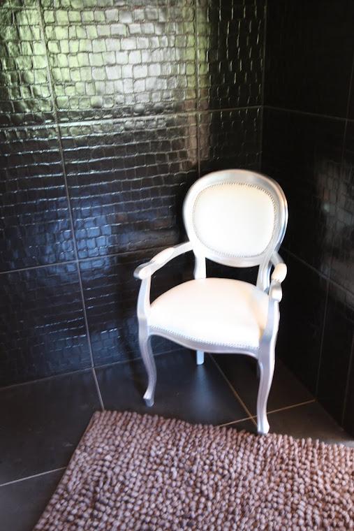 Adriatic leather bathroom