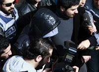 World-famous pop star Tarkan being taken to the Beşiktas courthouse in Istanbul on Monday. (AP Photo)