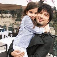 Yoleri's daughter and Tarkan