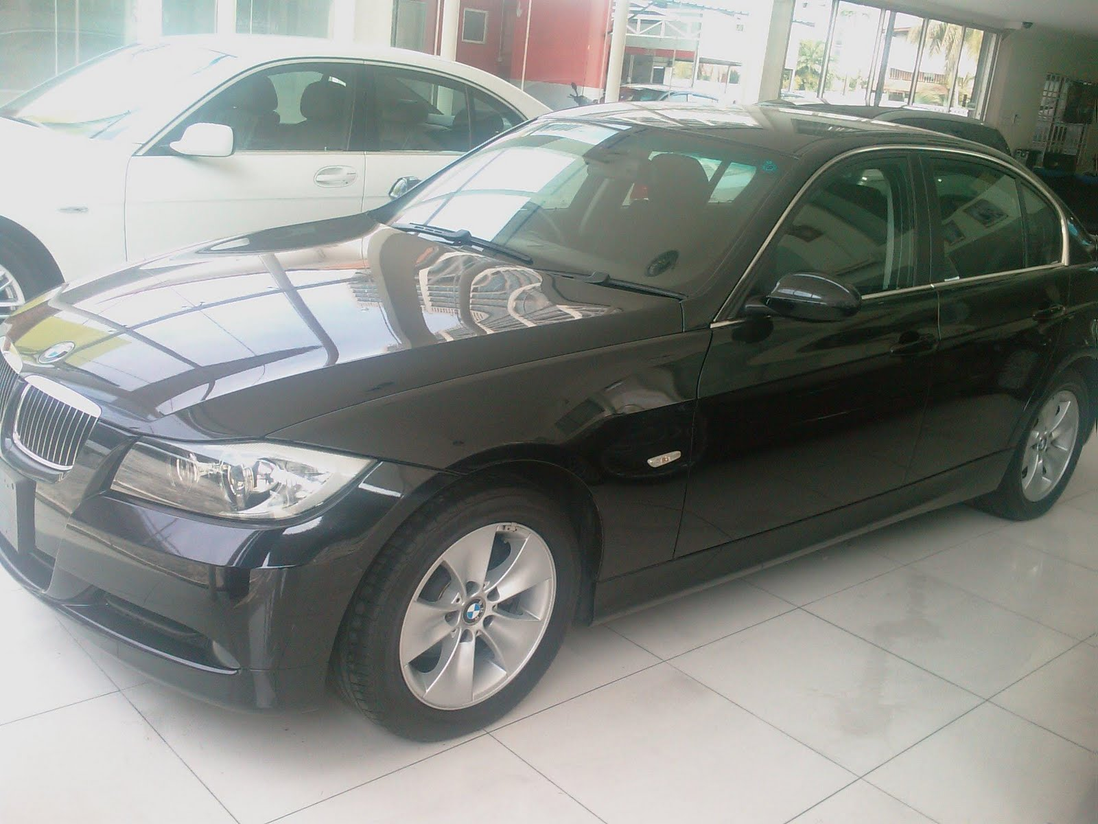 automobiles importers of prestige bmw 325i e90 unregistered 2006. Black Bedroom Furniture Sets. Home Design Ideas