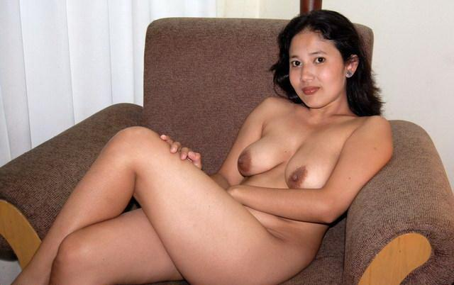 beautiful-naked-balinese-women-sexy-delilah-nude