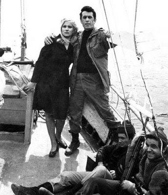 Κυνηγημένοι εραστές (1972) αήττητος (1971)