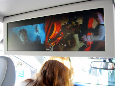 2011 Toyota Sienna dual tv screens