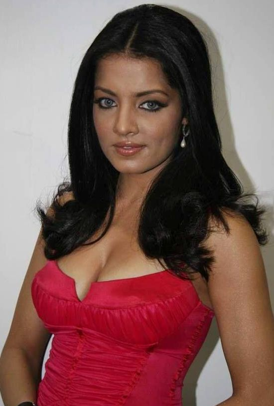 celina hot wallpapers