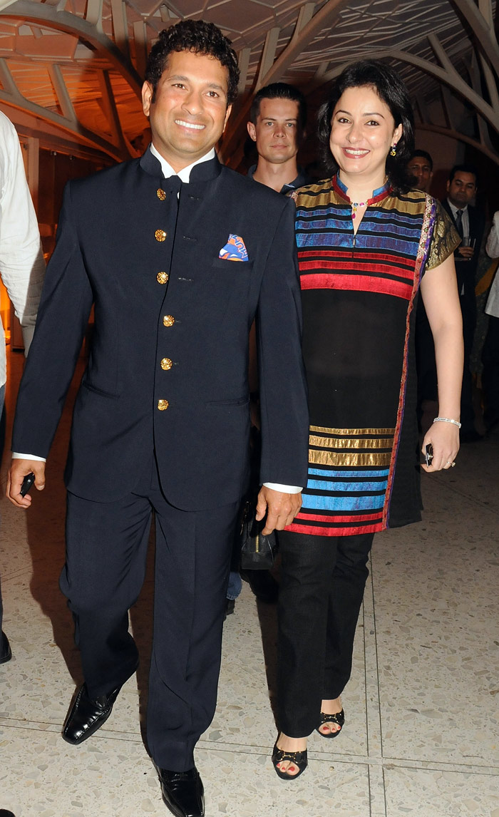 sachin with his wife anjali