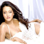 Beautiful Raima Sen Hot Maxim Scans