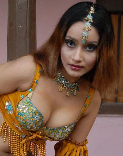 http://3.bp.blogspot.com/_KFpt7pcZGQY/Su7DmPXuJ1I/AAAAAAAALac/HuYnd_5cdYk/s1600/anu_vaishnavi_hot5.jpg