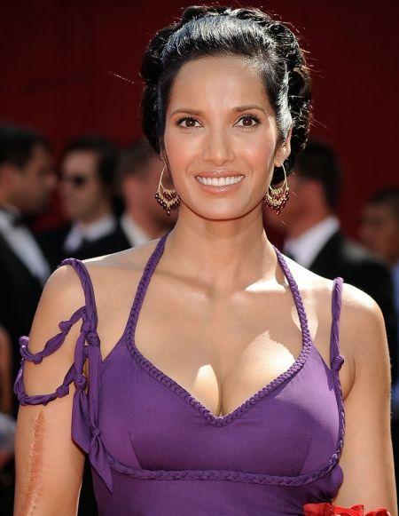 http://3.bp.blogspot.com/_KFpt7pcZGQY/SvP8pDqlZwI/AAAAAAAALcc/w-QHP2kratY/s1600/padma_lakshmi_pregnant_hot4.jpg