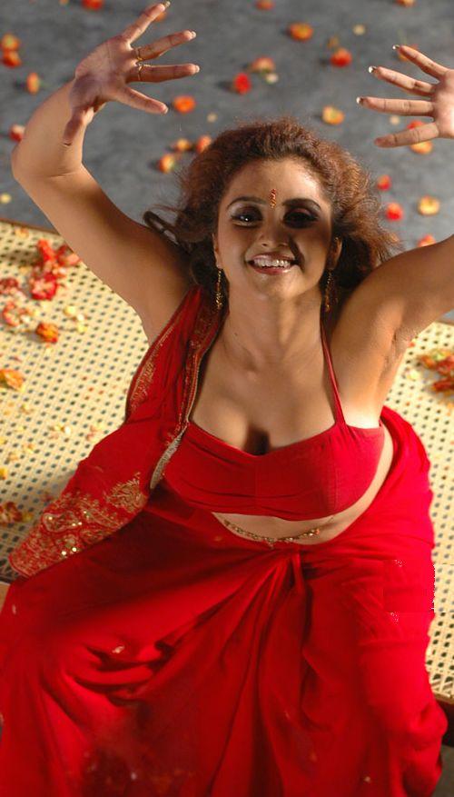 http://3.bp.blogspot.com/_KFpt7pcZGQY/SvabLD9iTJI/AAAAAAAALc8/hUJ2Tz8j_Rs/s1600/sunita_varma_hot2.jpg