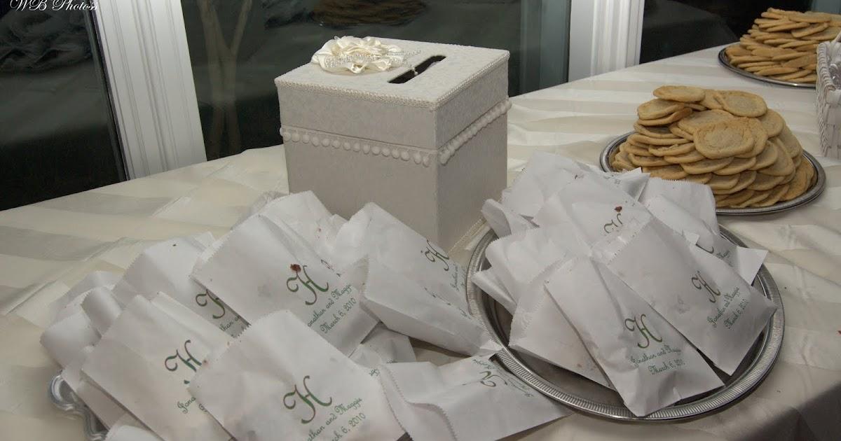 the willrich wedding planner 39 s blog wedding cake bags. Black Bedroom Furniture Sets. Home Design Ideas