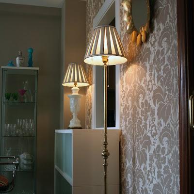 Alquiler de pisos compra y venta for Comedor papel pintado