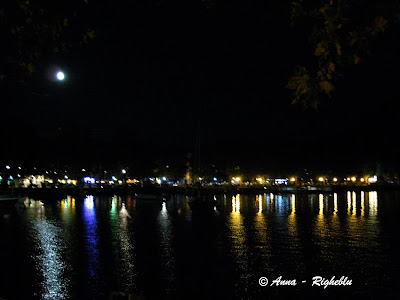 - IMG_Lecco-lungolago-notturno_Anna_Righeblu_Ideeweekend