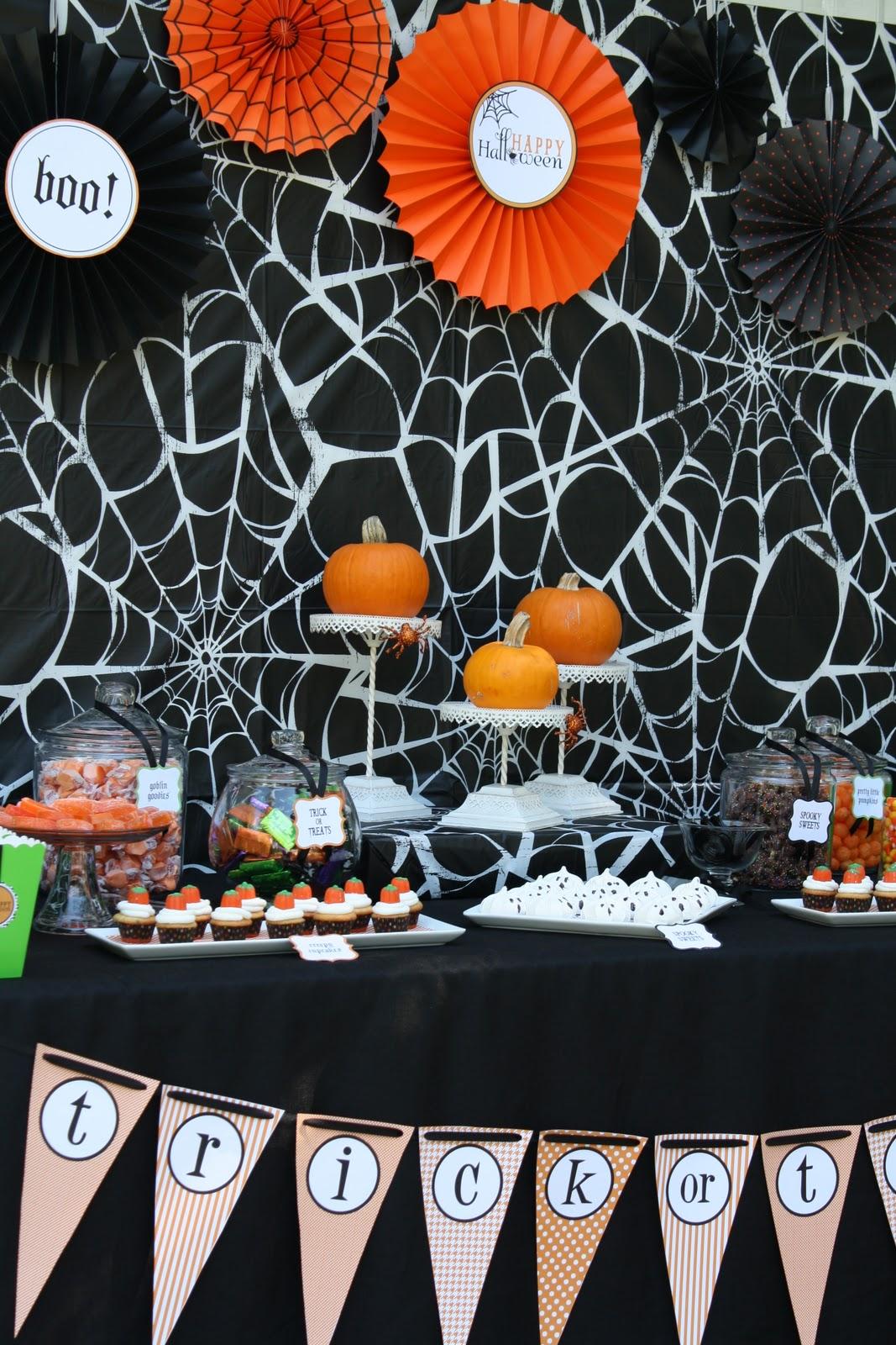 a halloween pumpkin carving party anders ruff custom designs llc. Black Bedroom Furniture Sets. Home Design Ideas