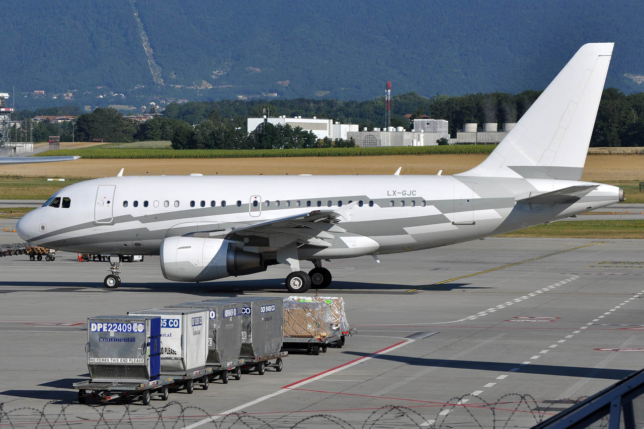 Geneva Vip Aviation Lx Gjc Airbus A318 Elite Global Jet