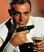 Sir Sean Connery el Bond por excelencia...