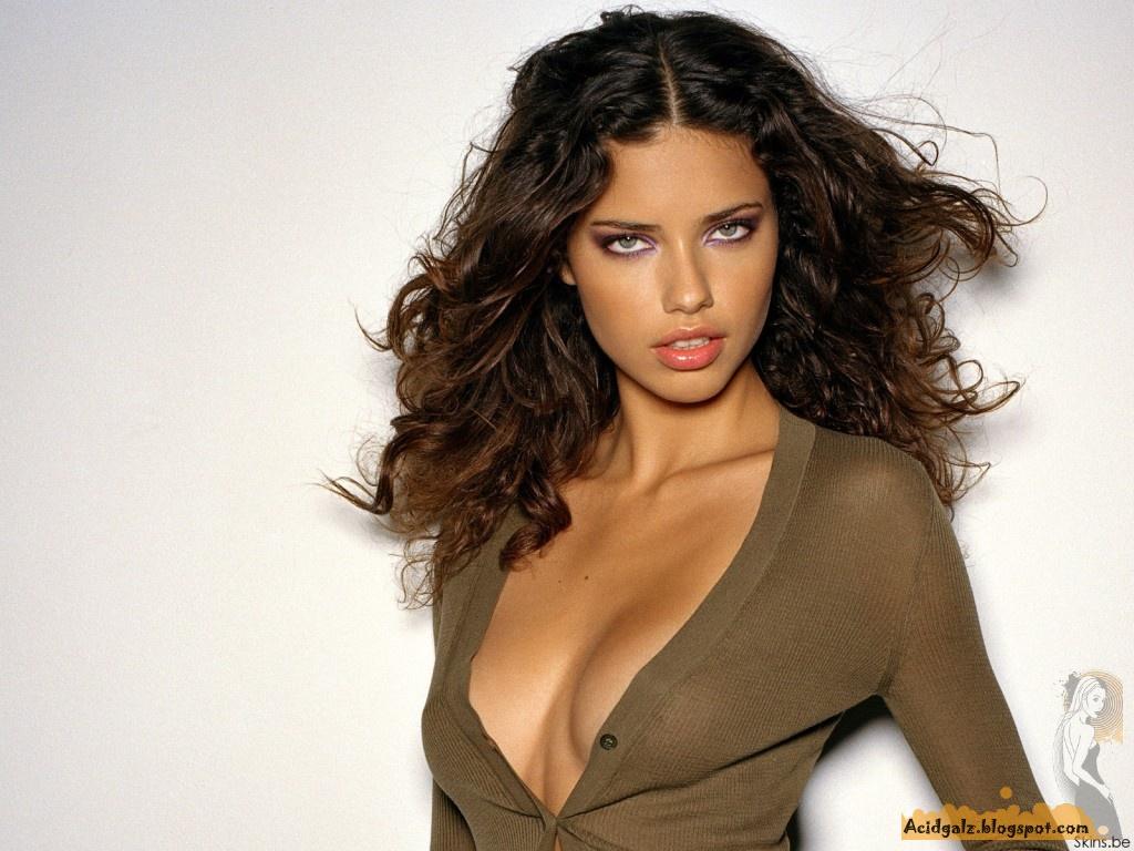 http://3.bp.blogspot.com/_KJjK21WIZcc/TCS4_7VNK9I/AAAAAAAACTM/Pij9hrtFRFg/s1600/Girls_Adriana_Lima_015580_.jpg