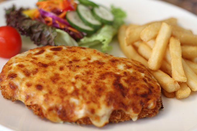 TIPS FOR DELICIOUS AND HEALTHY COOKING: Delicious Chicken Parmigiana
