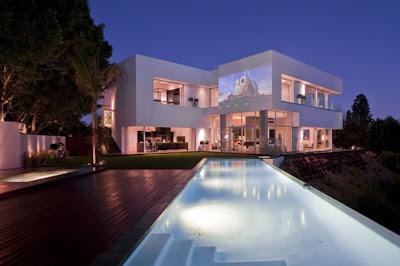 Modern Luxury House Design In La For The Mega Rich