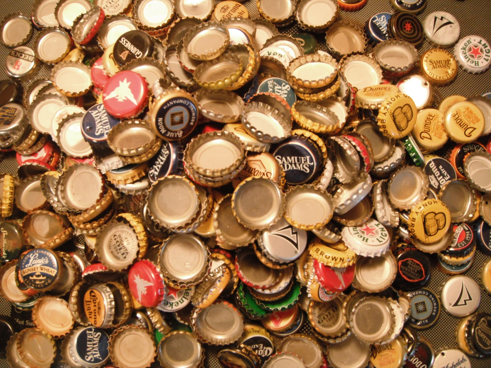 someone got fallout 4 by sending in 2 240 bottle caps to bethesda