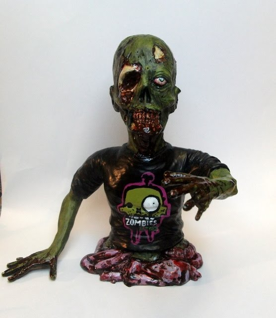 Zombies And Toys 115