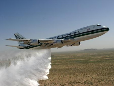 http://3.bp.blogspot.com/_KOh9FfC89ac/So-c1opLFkI/AAAAAAAABdk/BCbfTn4dYK4/s400/evergreen-supertanker.jpg