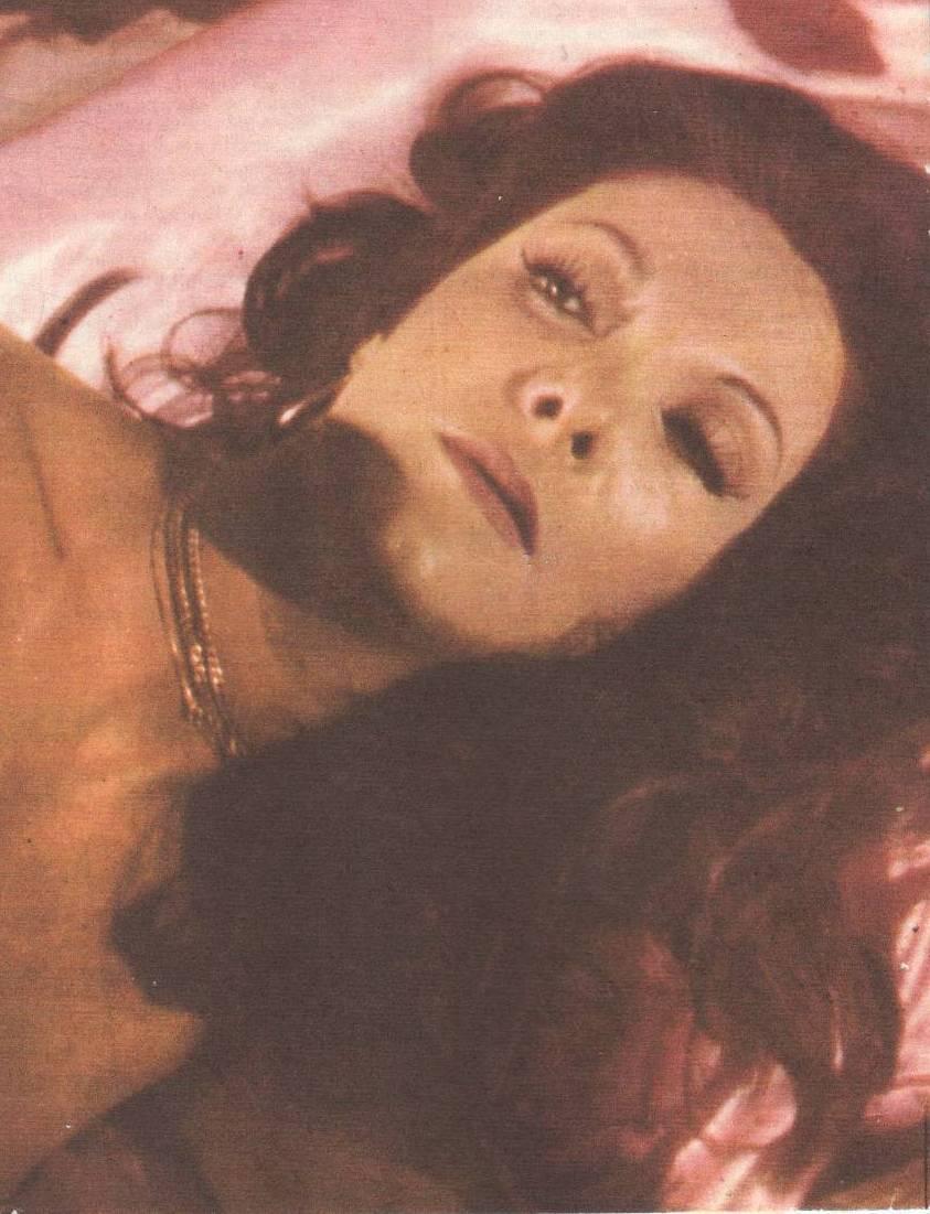 Angelina muniz karina objeto do prazer
