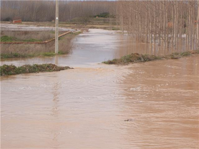 Riada 27 de febrero de 2010 Inundaci%C3%B3n270210_01