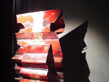 scatole rosse ,cartone,smalto,oro,metallo