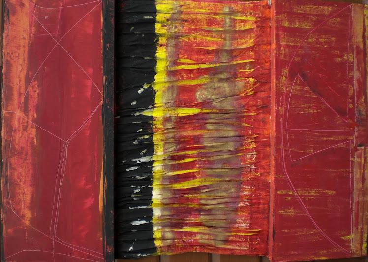 esteso rosso con pieghe,smalti,tela