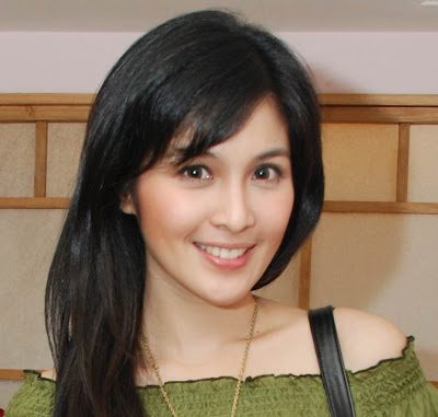 Download Foto Artis on Download Foto Sandra Dewi Gambar Artis Sandra Dewi