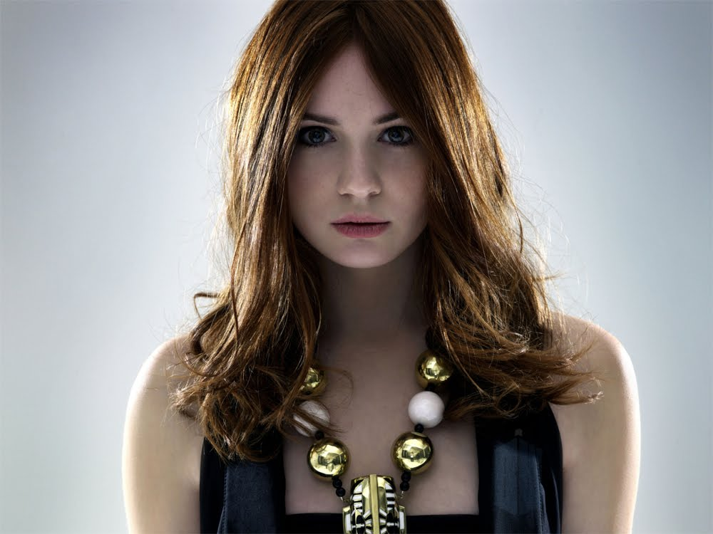 Blogtor Who: Karen Gillan photo shoot
