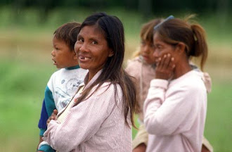 Indigenas  Viven el  la Pobreza  en  Paraguay