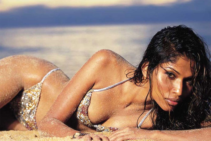 INDIAN HOT MODELS TURNS TO BOLLYWOOD