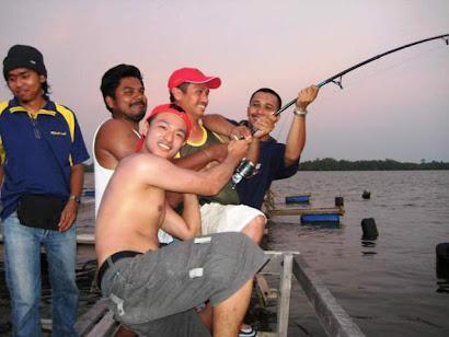 sekor ikan empat orang tarik wooo..